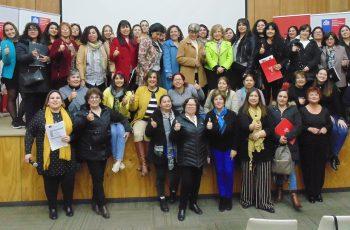 Con gran convocatoria se lleva a cabo seminario sobre el rol de las mujeres en la política