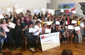 """65 mujeres de la región recibieron el fondo """"Levántate Mujer"""" para potenciar sus negocios"""