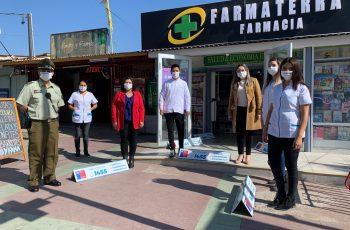 "Tierra Amarilla: Farmacia Farmaterra se suma a la campaña ""Mascarilla 19"" junto a la Seremi de la Mujer dicen no a la violencia contra la mujer"