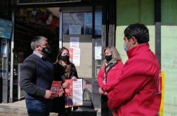 En Bulnes: Seremi de la Mujer y Gobernador de Diguillín refuerzan campaña para prevenir la violencia de género desde Cajas Vecinas