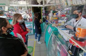 """Para auxiliar a mujeres en riesgo de violencia: Seremi Bárbara Hennig reforzó en farmacias de Coelemu plan """"Mascarilla 19"""""""