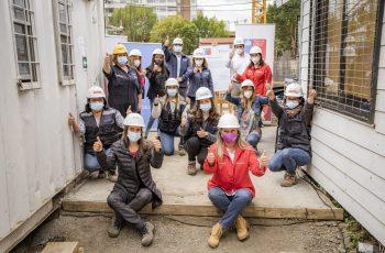 Seremi de la Mujer y Equidad de Género de Ñuble y CChC Chillán firman convenio que promueve inserción laboral femenina en la construcción