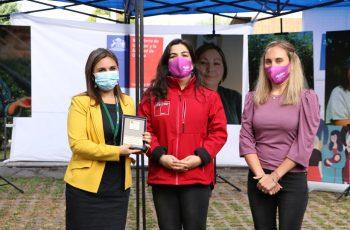 Seremi Bárbara Ortuzar destaca el rol femenino durante la pandemia.