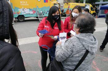 Autoridades apoyan jornada del TTA Móvil en Valparaíso con difusión de canales de ayuda para mujeres víctimas de violencia