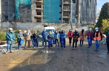 """Portal """"Mujeres en Obra"""" busca aumentar la participación femenina en el sector de la construcción"""