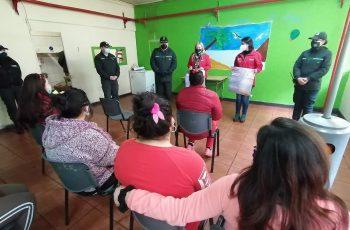 Seremis de la Mujer y Justicia junto a Gendarmería presentaron la iniciativa:  En cárcel de Chillán lanzan campaña para difundir los derechos de las mujeres embarazadas privadas de libertad